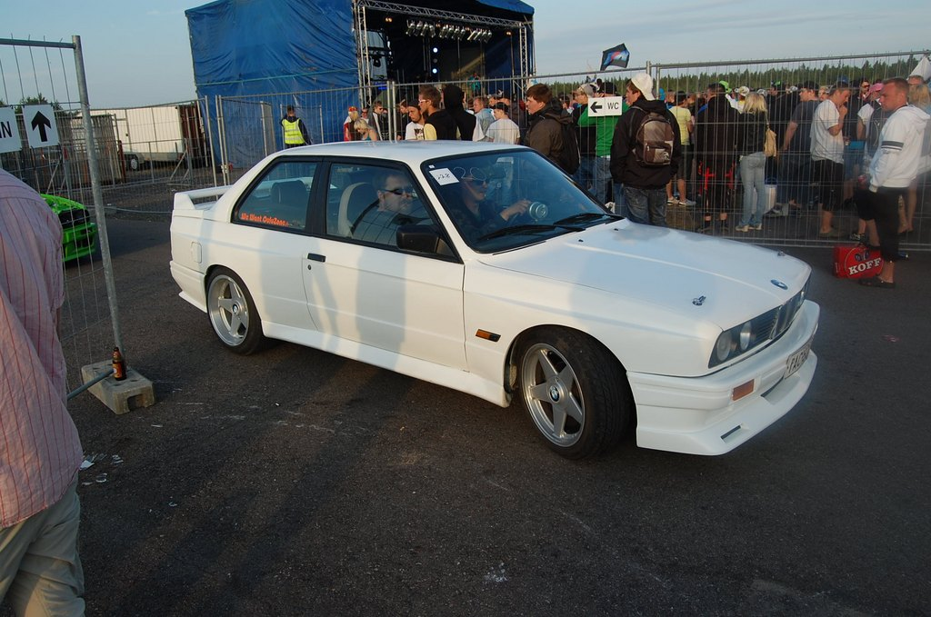 BMW e30 ///M3-look _medium